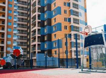 Баскетбольная площадка с мягким покрытием